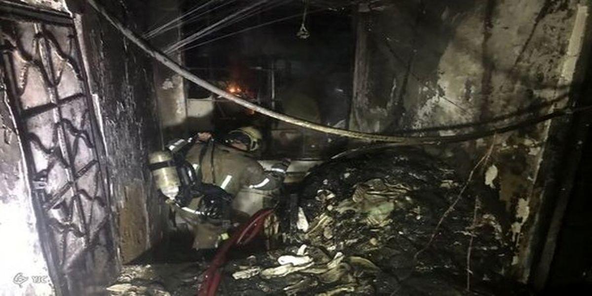 فوری: شعله های آتش پاساژ جمهوری را بلعید