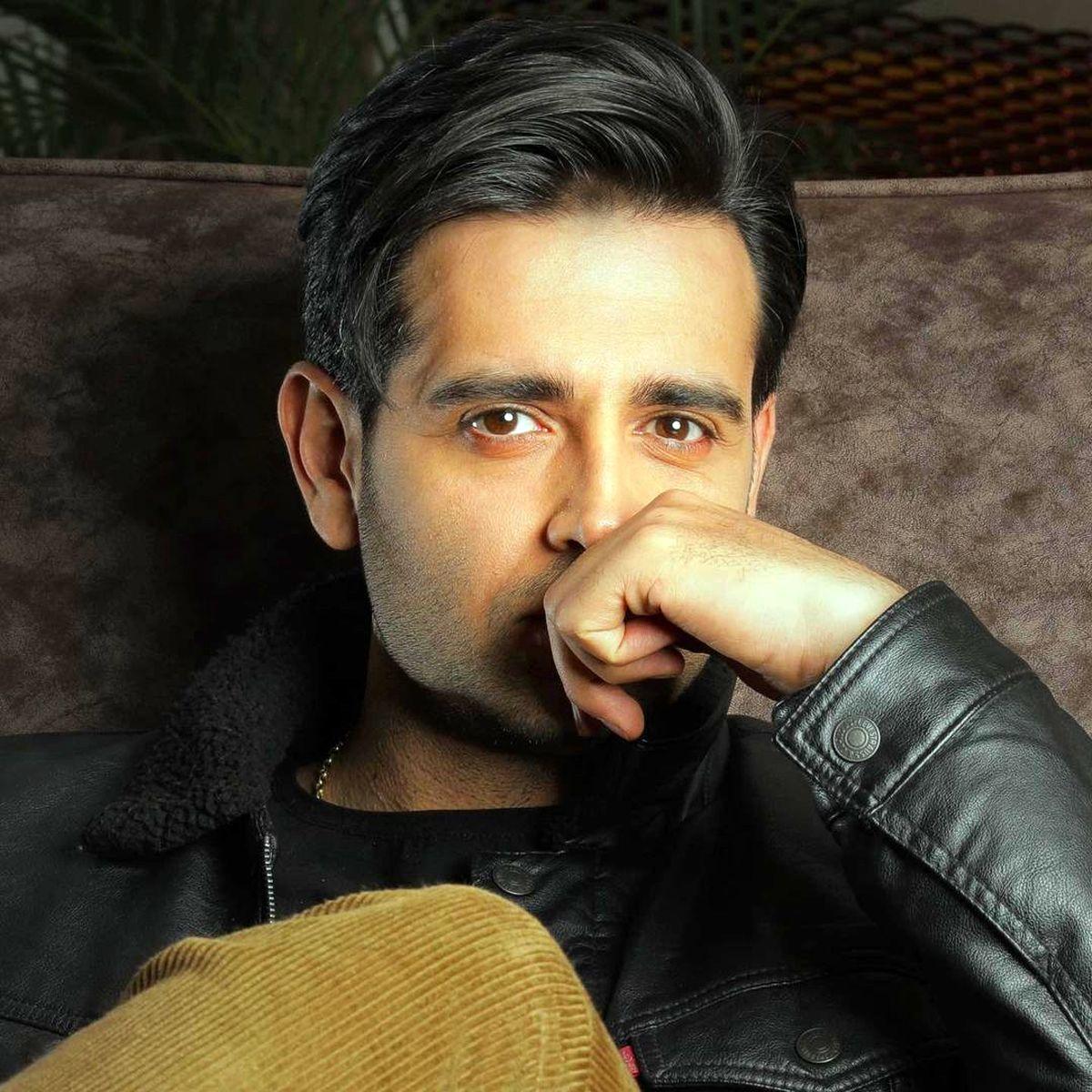 تصویر دوستانه امیرحسین آرمان و بازیگر سریال پریا